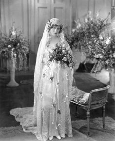 "Chic Vintage Bride – Silent Film Star Dolores Costello ""The Goddess"" and Drew Barrymore's grandmother. Chic Vintage Brides, Vintage Wedding Photos, 1920s Wedding, Vintage Bridal, Wedding Bride, Wedding Gowns, Vintage Weddings, Wedding Tips, Wedding Shot"
