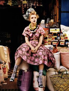 """""""Jessica Stam by Patrick Demarchelier for Vogue UK, May 2008"""" - the kind of quirk that could work ~:^]>"""