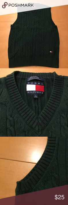 Men's Small Tommy Hilfiger Sweater Vest Excellent condition, size small and 100% cotton. Quality product, from a great brand. Tommy Hilfiger Sweaters V-Neck