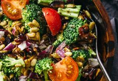 Enjoy this creamy cold broccoli salad with crispy bacon, dried cranberries, sunflower seeds, diced onions, and mini heirloom tomatoes. Healthy Dishes, Easy Healthy Recipes, Easy Dinner Recipes, Asian Recipes, Healthy Eating, Healthy Food, Broccoli Salad Bacon, Broccoli Dishes, Bacon Salad