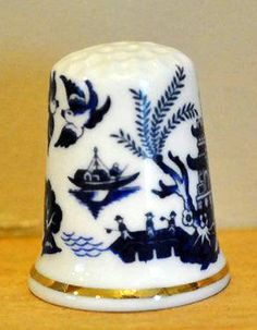 RP: Vintage Oriental Blue White Chinese Porcelain Thimble | Etsy.com