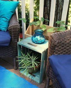 Caixote para o cantinho da varanda. Pinterest: 📌 br.pinterest.com/pinideias www.ideiasdiferentes.com.br |Imagem não autoral|