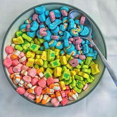 Ever wished you could just buy the Lucky Charms marshmallows and skip the cereal? Well now you can - find out how via the link in our bio! : Lucky Charms Marshmallows : : Find out where to buy Lucky Charms marshmallows via the link in our bio! I Want Food, Cute Food, Good Food, Yummy Food, Lucky Charms Marshmallows Only, Partys, Aesthetic Food, Food Cravings, Dog Food Recipes