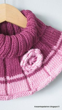Kissankäpälä: Unikko-kauluri tytölle, Neck warmer for a girl Loom Knit Hat, Loom Knitting, Knitted Hats, Knit Crochet, Heart Patterns, Baby Knitting Patterns, Neck Warmer, Mini, Knits