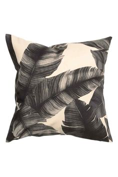Leaf pattern monochrome cushion cover -£7.99 - H&M