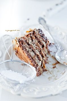 Almond - Coffee Meringue Cake