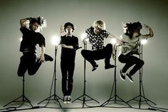 ONE OK ROCK one of mí fav bands x3 https://www.youtube.com/watch?v=qKW4lqj2cNU