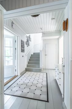 Over 200 square meters filled with romantic country style interiors. This beautiful home gets its look and atmosphere from the light white and grey tones Nautical Interior, Estilo Interior, Painted Wood Floors, Halls, Small Space Interior Design, Country Style Homes, Scandinavian Home, White Houses, My Dream Home