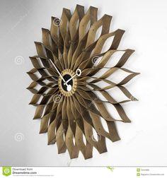 Reloj De Pared Moderno - Descarga De Over 40 Millones de fotos de alta calidad e imágenes Vectores% ee%. Inscríbete GRATIS hoy. Imagen: 12444805