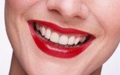 Cómo conseguir hermosos labios llamativos | eHow en Español