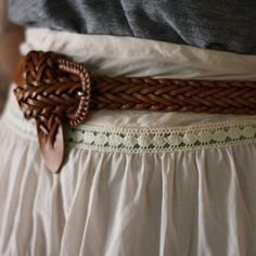 charming. great way to tie a belt when it's too long!