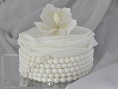 white-wedding-anniversary-cakes-small ~ http://womenboard.net/different-wedding-anniversary-cakes/