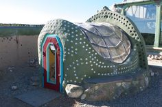 Earthship Chicken Coop (Eco friendly and attractive!)    To go with my Dream Earthship House.  Want an earthship...