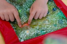 Sensory Activities for Children Ages 0-2. Over a dozen inexpensive activities to try at home! Via www.intellidance.ca