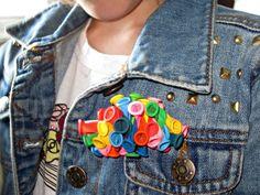 DIY: el broche con globos de colores de Sylvia http://quiquilo.wordpress.com/2013/05/29/diy-un-broche-con-globos-de-colores/