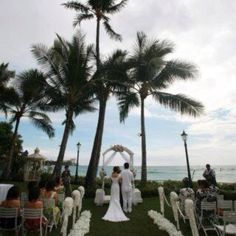 My Hawaiian wedding@Moana Surfrider in Honolulu. This is the area where the ceremony will take place.