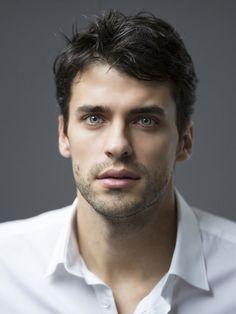 Beautiful Men Faces, Gorgeous Eyes, Pretty Eyes, Beautiful Boys, Cute Celebrity Guys, Cute Celebrities, Baby Faces, Cute Eyes, Portraits