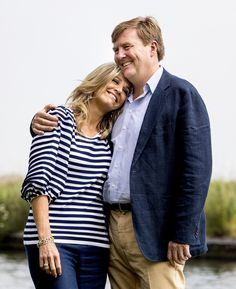 Vandaag was het weer zover: de jaarlijkse fotosessie van koning Willem-Alexander, koningin Máxima en de prinsesjes vond plaats.