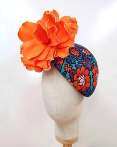 Stevie - Retro Fabric Hugger with Statement Orange Flower - Millinery Market Race Day Outfits, Foam Flower, Race Wear, Spring Racing, Retro Fabric, Different Flowers, Fascinators, Hat Making, Hair Pieces