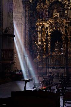 Semana Santa Sevilla Spanish Inquisition, Catherine Of Aragon, Seville Spain, Holy Week, Luz Natural, Arno, Christianity, Catholic, Nostalgia