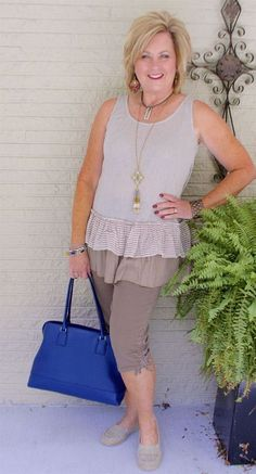 The Best Fashion Ideas For Women Over 60 - Fashion Trends 60 Fashion, Fashion For Women Over 40, Fall Fashion Outfits, College Fashion, Autumn Fashion, Casual Outfits, Cute Outfits, Womens Fashion, Fashion Trends