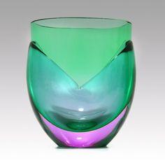 Heikki Orvola 'Kukka' vase, Nuutajärvi Notsjö Glass Wall Lights, Glass Wall Art, Vases, Pots, Glass Molds, Unusual Art, Stained Glass Designs, Glass Ceramic, Carnival Glass