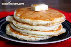 Manila Spoon: Easy Homemade Fluffy Pancakes - why use the store-bought mix when you can make it look like this! :)