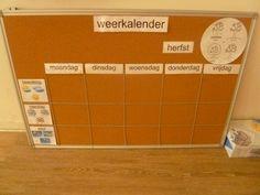 Deze weerkalender heb ik gebruikt in het eerste leerjaar. Deze kalender is…