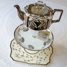 Alice Finds a Silver Teapot Vintage China by @HighTeaForAlice, $225.00