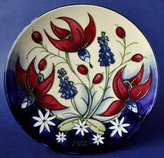 Moorcroft Pottery 2001 Year Plate Limited Edition of 750 http://www.bwthornton.co.uk/moorcroft.php