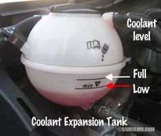 Does it have enough oil? Many cars consume oil between oil changes, see how to check it and read the oil on the dipstick. Do you feel vibration? How to know when your car needs alignment and when tire balancing. Car Brake System, Car Buying Guide, Auto Maintenance, Vw Volkswagen, Car Cleaning, How To Know, Logan, Vehicle, Automobile