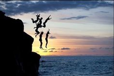 Cliff jumping in La Jolla