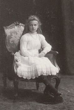 Princess Elena of Greece, later Queen of Romania Princess Louise, Princess Alice, Princess Stephanie, Prince And Princess, Romanian Royal Family, Greek Royal Family, King George I, Victoria Reign, Queen Victoria