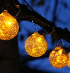 Great Aurora Glow Solar Powered String Lights   Clear With Amber LED