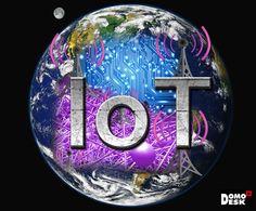 ¿Qué es IoT (el Internet de las Cosas)? Christmas Bulbs, Symbols, Holiday Decor, Internet Of Things, Culture, Christmas Light Bulbs, Glyphs, Icons