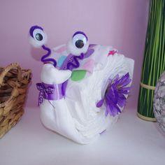 Gâteau de couches escargot violet cadeau de naissance petite