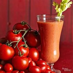 There are only 41 calories per serving in this Bloody Mary smoothie recipe, so there's no need to feel guilty when indulging in this veggie-filled drink. Your body receives a spectrum of nutrients from colorful vegetables and fruit. Low Calorie Smoothies, Healthy Smoothies, Smoothie Recipes, Vitamix Recipes, Power Smoothie, Colorful Vegetables, Chocolate Chip Pancakes, Cake Tasting, Valentines Food