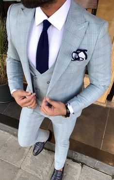 Product : Connor Beige Slim-Fit Suit Color code : Cream Suit material: Viscos, Poly, Lycra Machine washable : No Fitting : Regular Slim-fit Remarks: Dry Cleaning Only Blazer Outfits Men, Mens Fashion Blazer, Suit Fashion, Men's Outfits, Dress Suits For Men, Mens Suits, Men Dress, Slim Fit Suits, Slim Fit Tuxedo