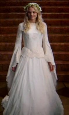 Emma Swan, Once Upon a Time. No matter what. She is the hot one of this show