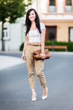 Want you to stay : Chinos and cropped top