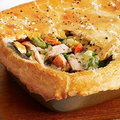 Light Chicken Potpie - This Light Chicken Pot Pie takes some work, but is worth. every. bite! Our favorite trick? Using Greek yogurt to thicken the filling. - @keyingredient #chicken #casserole