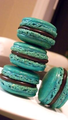 MOMMY'S SWEET CONFESSIONS: Macarons 101: Planetary Alignment Makes Perfect
