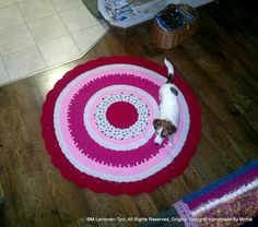 crocheted rug, and assistant :D Tree Skirts, Christmas Tree, Rugs, Holiday Decor, Crochet, Home Decor, Teal Christmas Tree, Farmhouse Rugs, Decoration Home