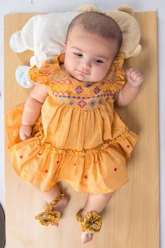 Baby Girl Frocks, Baby Girl Party Dresses, Frocks For Girls, Stylish Baby Girls, Stylish Dresses For Girls, Girls Dresses Sewing, Dresses Kids Girl, Baby Girl Frock Design, Kids Dress Collection