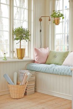 5 tricks to decorate your house - Decoration for Home Style At Home, Casa Color Pastel, Pastel Colors, Salle Pastelle, Pastel Home Decor, Pastel Room, Pastel Pink, Pink Blue, Blue Green