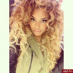 Big Blonde Curls - Hairstyle for black women Weave Hairstyles, Pretty Hairstyles, Hair Colorful, Curly Hair Styles, Natural Hair Styles, Natural Curls, Blonde Curls, Curly Blonde, Hair Laid