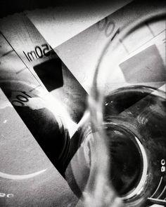 Siete días siete fotos en blanco y negro de tu vida diaria. 5 of 7.  Por invitación de mi amada @dscndientdkain.  #flickr #monochrome #bnw #doubleexposure #abstract