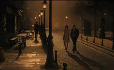 Woody Allen once again whisks us away to a beautiful, magical city, this time to Paris. Kate Caroline gives us her movie review of Midnight in Paris. | Worldette - travel and lifestyle magazine for women who travel and expat women
