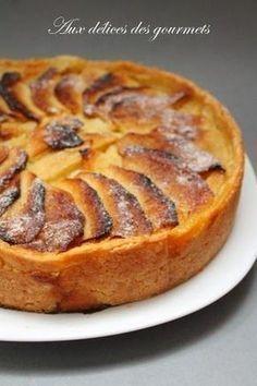 Une tarte aux pommes façon grand mère revisitée par chef régis. A base de pâte sucrée, de pommes et de crème prise ce dessert ...
