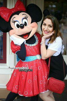 Awwwwww she sooo cute Celebrity Couple Costumes, Celebrity Couples, Celebrity Weddings, Tv Actors, Actors & Actresses, Anika Ishqbaaz, Rapunzel Cake, Game Of Love, Surbhi Chandna